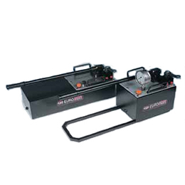 Pv-steel hand pumps with large oil delivery 700 bar