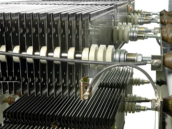 Damping Resistors