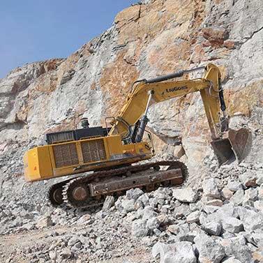 Large excavator / crawler / mining and quarrying / diesel CLG970EIIIA