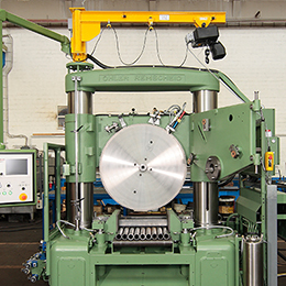 Conversion of the OHLER segmenteal circular sawing machines for use of carbide-tipped circular saw blades