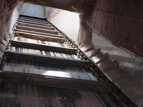 Chain Conveyors - Drag Link & Scraper Conveyors | Rolling