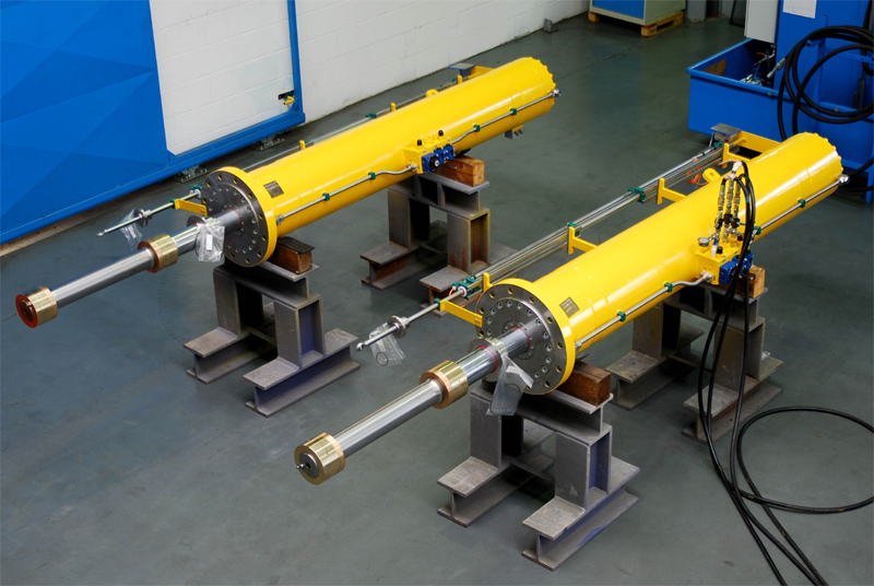 Telescopic cylinders