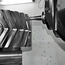 7 Axis with Rotary-movable Table and Changeable Heads